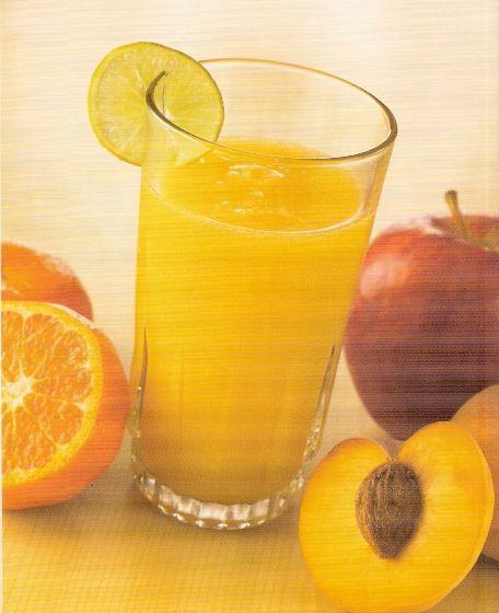 Jugo de durazno, manzana y mandarina