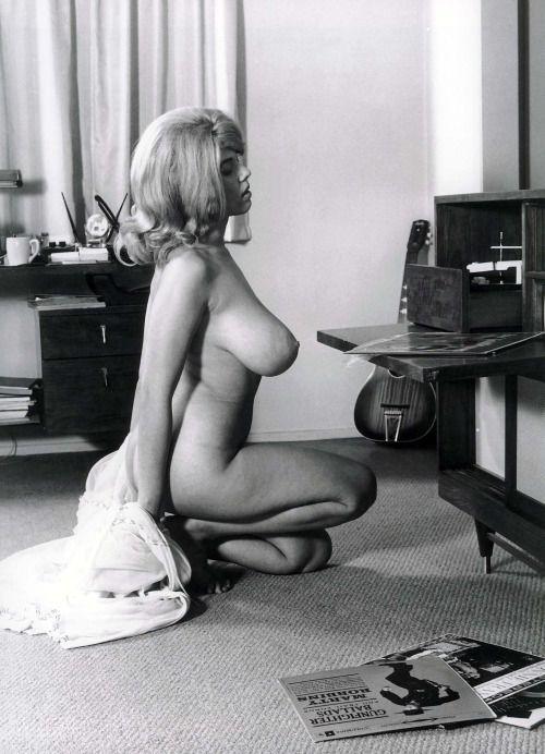 Lisa Matthews Vintage Erotica 97