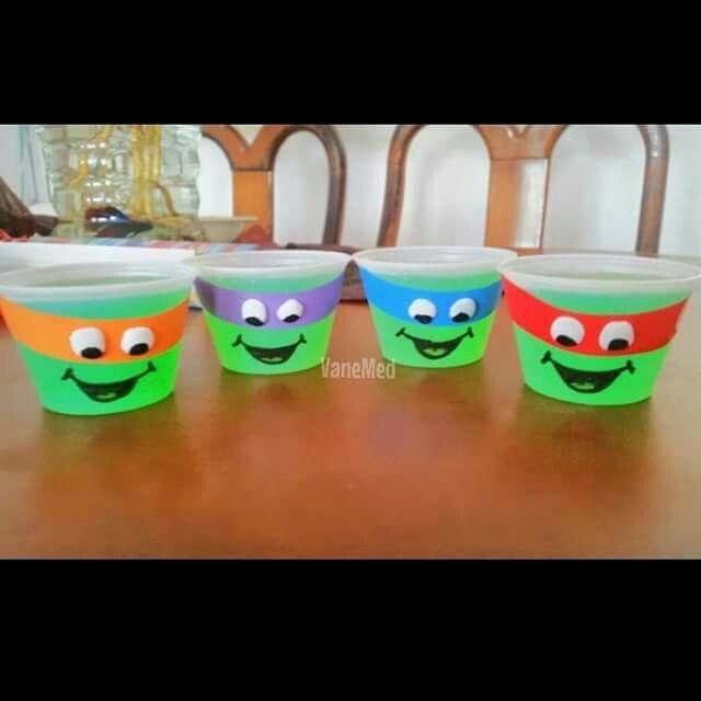 Las propias tortugas ninja!  gelatina de limón!