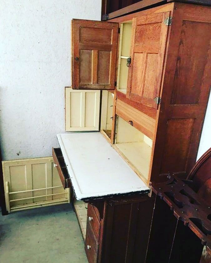 This Ham Nott Co Hoosier Kitchen Cupboard Is Amazing Such A Cool Piece In Our Online Auction Https Auction Bla Cupboard Kitchen Cupboards Kitchen Items