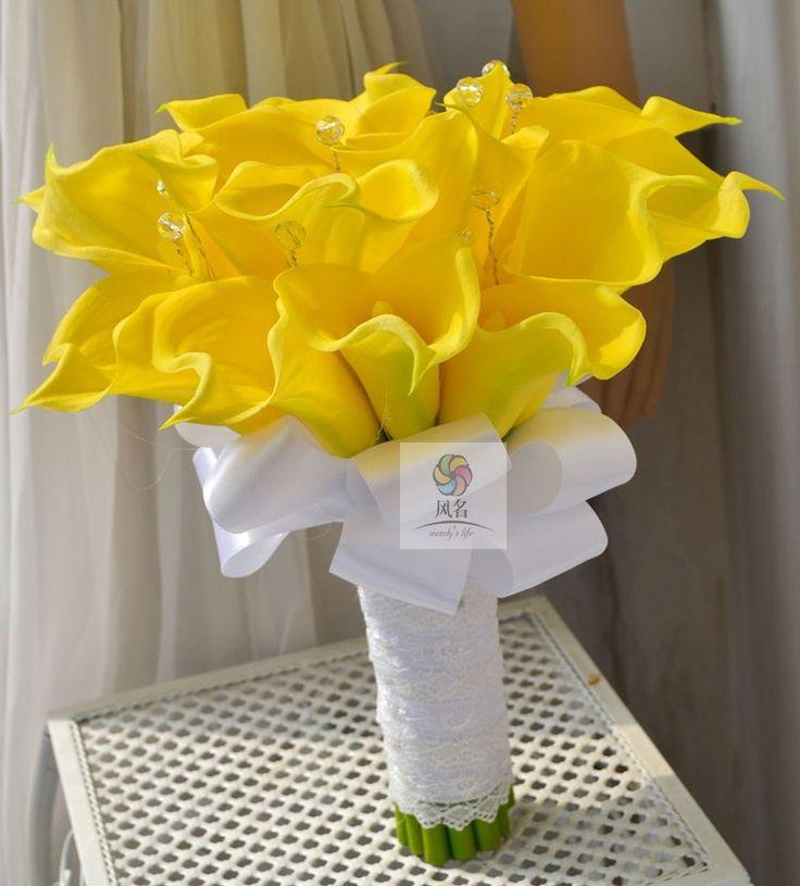 Les 25 meilleures id es de la cat gorie arrangements de for Bouquet de fleurs jaunes