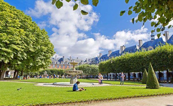 Marais Quarter Highlights with Place Des Vosges Walking Tour: For booking information please go to: www.letzgocitytours.com/package/marais-quarter-highlights-with-place-des-vosges-walking-tour