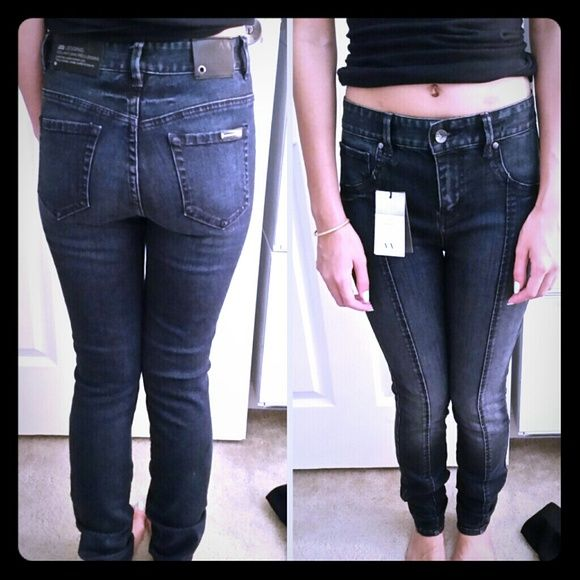 Armani Exchange high waisted Legging Brand New Armani Exchange Legging Jeans. Never worn. Too long for me. I'm  5'0. Super super awesome price! Armani Exchange Jeans