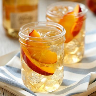 Front Porch Peach Tea (with moonshine!)