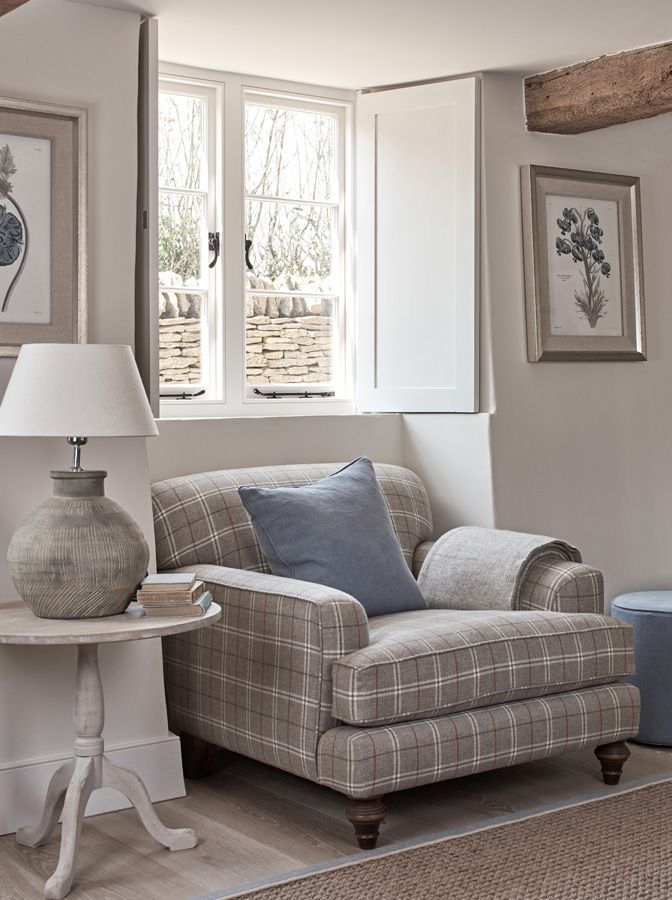 Sitting room designed by Studio Sims Hilditch