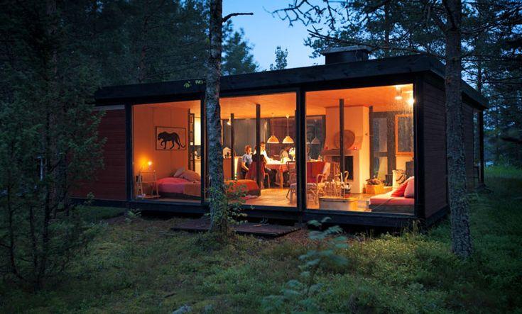 Small cabin photographed by Jukka Rapo | desiretoinspire.net
