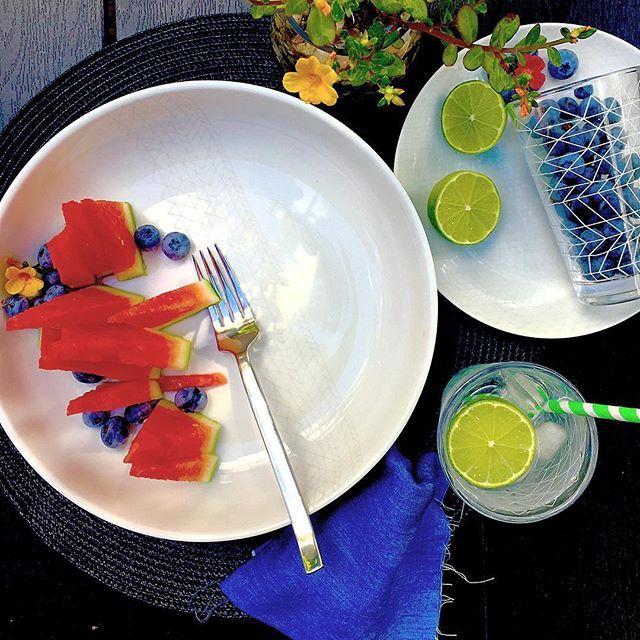 Fresh fruit on bzyoo plates #breakfast #fruit #watermelon #blueberry #lime #bzyoo #dinnerware #style #decor #home #homedecor