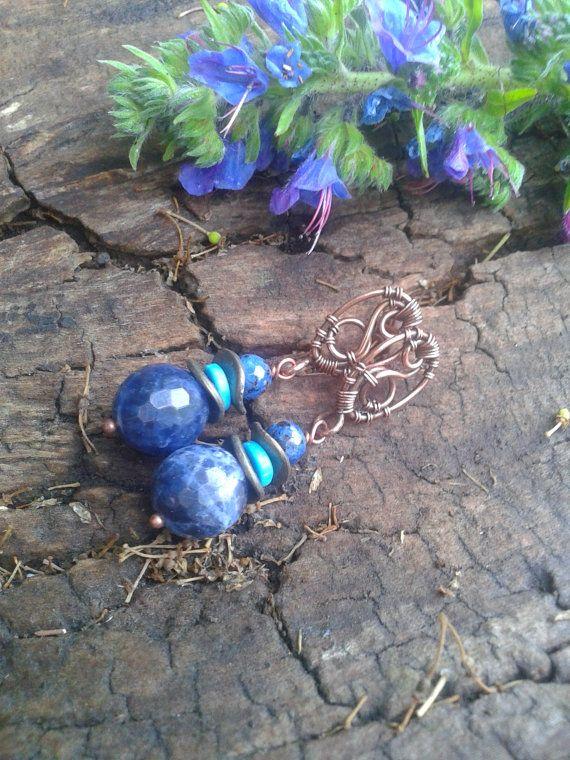 Wire wrap oorbellen koperen oorbellen sodaliet door ElanorStudio