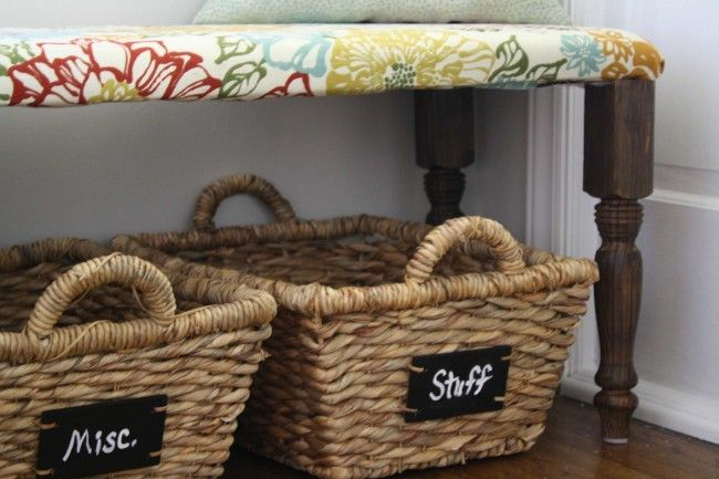 DIY entryway bench. I am not handy at all but this looks easy enough for me to tackle!