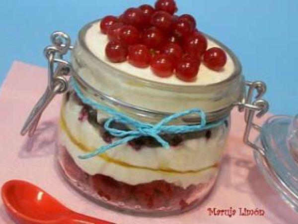 Vasitos de frutas rojas, Receta por Maruja Limón - Petitchef