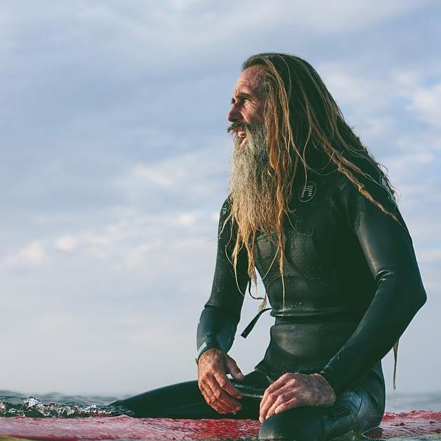 ¿Hay edad para el surf? - WIPEOUT SURF MAG