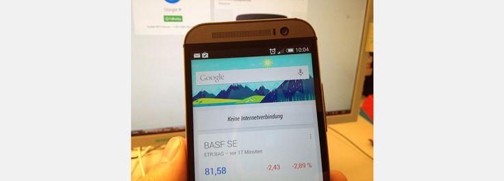 Google Now kann jetzt offline - und zeigt den Weg zum Auto. Googles Siri-Konkurrent Now hat ein Update spendiert bekommen und kann nun auch offline genutzt werden. Ausserdem hilft es ab sofort, ein geparktes Auto im Grossstadtdschungel wiederzufinden. Aber nicht alles ist Friede, Freude, Eierkuchen: Die Smartphoneassistenten müssen sich vorwerfen lassen, fleissige Datensammler zu sein.