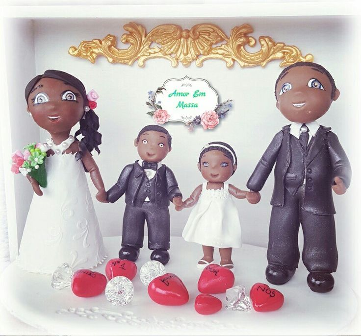 Bride and groom cake topper #superfamily#😍