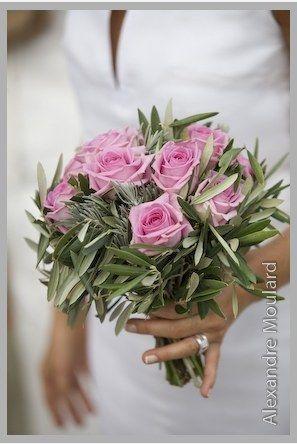 Roses et rameaux d'oliviers...raffiné, élégant