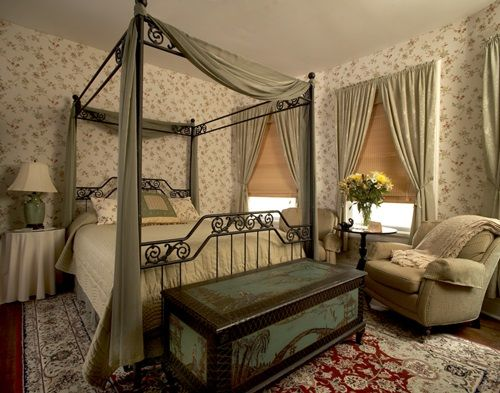 17 Best ideas about Victorian Bedroom on Pinterest   Victorian bedroom  decor  Victorian gothic decor and Gothic bedroom. 17 Best ideas about Victorian Bedroom on Pinterest   Victorian