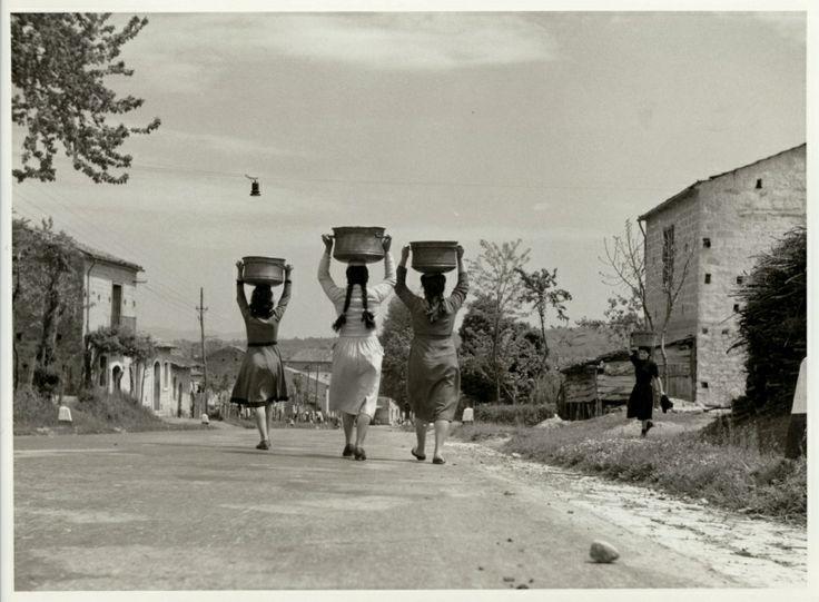 Fosco Maraini (Firenze, 15 novembre 1912 – 8 giugno 2004): Irpinia, Avellino
