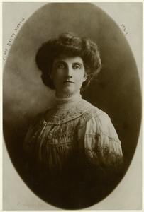 """Notes : Written on mount: """"Photo: Bain (1905)."""" Clara Brett Martin was the first woman to become a lawyer in Canada (and the entire British Empire)."""