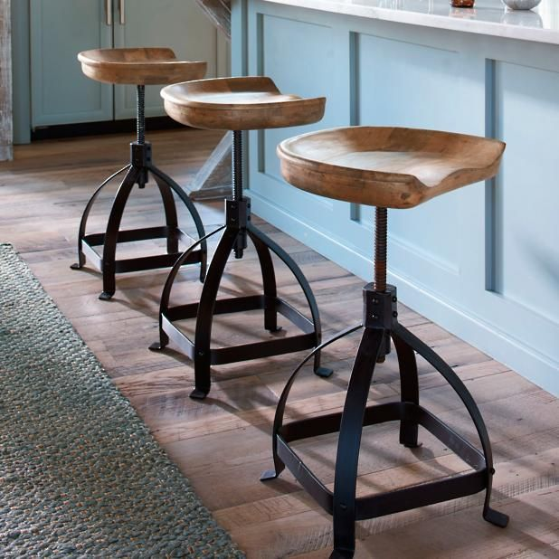 Home or Bar Stool Decor Set of 5 R/&W Antique Style Metal Tractor Seat for Farm