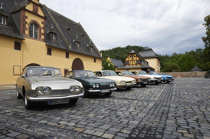 Modellgeschichte von links nach rechts: 2,5-Liter-Coupé mit »straight six«, 3-Liter-Coupé mit Ford-Essex-V6, SE5a-Kombi-Coupé, zwei SE6a Kom...