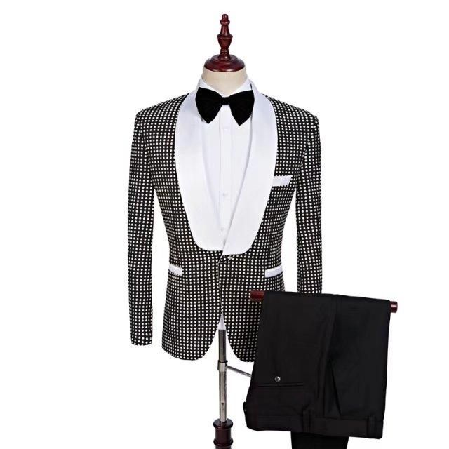 2018 Custom Made Brand Groomsmen Shawl White Lapel Groom Tuxedos black Men Suits Wedding Best Man (Jacket+Pants+Tie+Hankerchief)