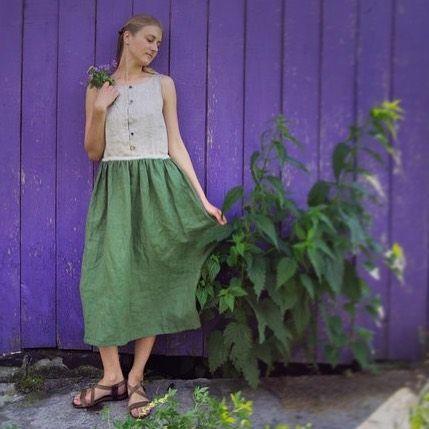 🌾TALL GRASS🌾  The dress for walking in fields. Into the wild grass. To fill pockets by purple clovers.  €60  Shipping everywhere!  🌱☘️🌿  🌾ВЫСОКИЕ ТРАВЫ🌾  Льняное платье для полуденных прогулок в густых лугах. Чтобы набрать полные карманы сиреневого клевера и белого лабазника. Эти чайные соцветия — в подарок к платью.   4000₽  #ecodress #linendress  #льняноеплатье #платьедлякормящих #платьеназаказ #волшебноеплатье #длякормящих  #фиолетовозелёный