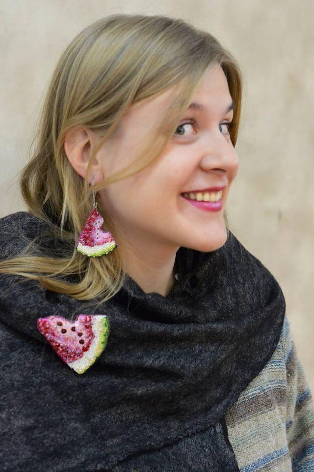 "Helen Kolomoets. Jewelry Set ""Watermelon"". Brooches, pendants, earrings. Beadwork. Елена Коломоец. Комплект украшений ручной работы ""Арбуз"". Кулон (брошь) и серьги. Вышивка бисером."