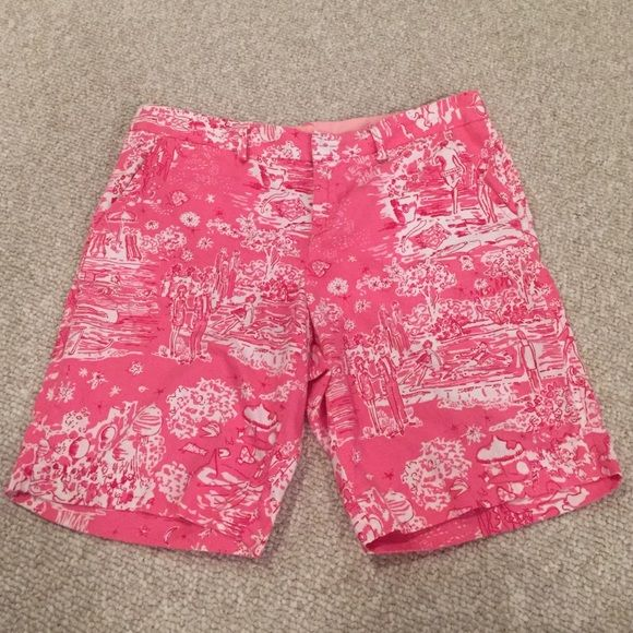 """Lilly Pulitzer skinny dippin shorts EUC longer length approx 9"""" inseam. Lilly Pulitzer Shorts"""