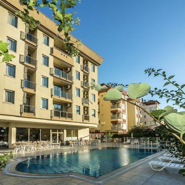 Отель Santa Marina расположен в 12 км от аэропорта и в 5 км от центра г. Анталья, в 100 м через дорогу от городского пляжа. В отеле Santa Marina Вас ждут просторные номера с видом на море и горы, открытый плавательный бассейн. Беспроводной доступ в Интернет — бесплатно.  В ресторане отеля сервируют на завтрак «шведский стол». В баре можно заказать напиток, который поможет расслабиться после дня, проведённого у бассейна или на пляже.