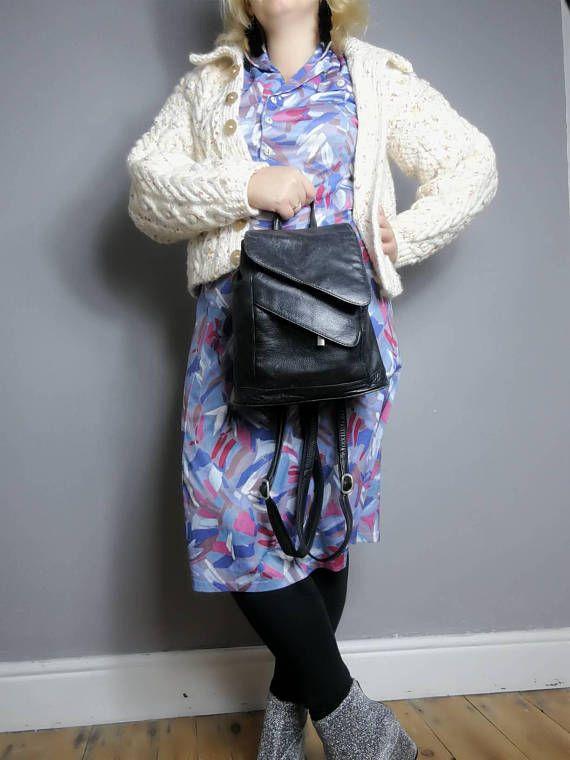 90s style . Black leather backpack purse / 90s leather rucksack bag / black backpack / vintage 90s grunge back bag medium size / minimalist 90s