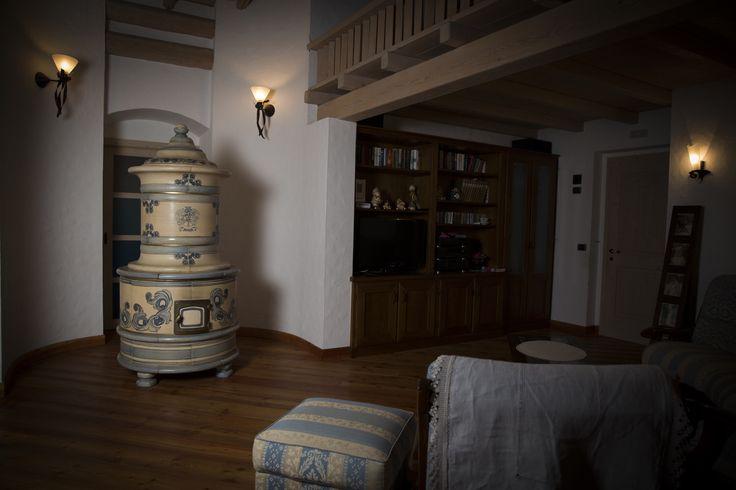 17 migliori idee su decorazioni per stufa a legna su - Stufe a legna tirolesi ...