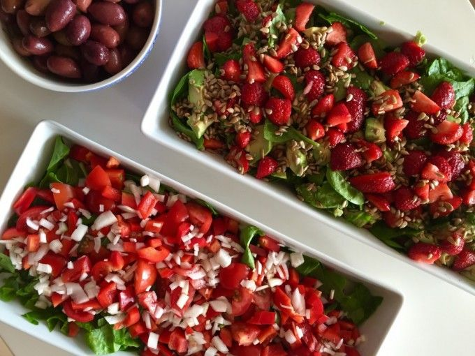 SOMMERSALAT // Tomatsalat og avokado-