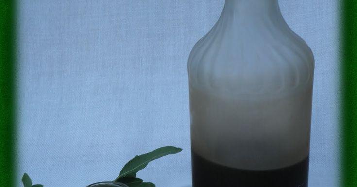 Lost in the kitchen-Perdida en la cocina: Licor de almendras amargas