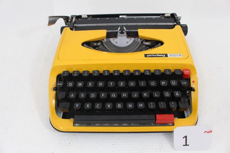 Schreibmaschine Privileg 300 TR gelb mit Koffer funktionsfähig in Büro & Schreibwaren, Bürotechnik, Schreibmaschinen | eBay!