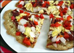 HG The Great Greek Pizza, Purple Pizzas, Breakfast Scramble Pizza Pie: Girls Pizza, Breakfast Pizza, Beaches Recipes, Girls Breakfast, Greek Pizza, Ww Recipes, Pizza Recipes, Breakfast Scrambled, 300 Recipes