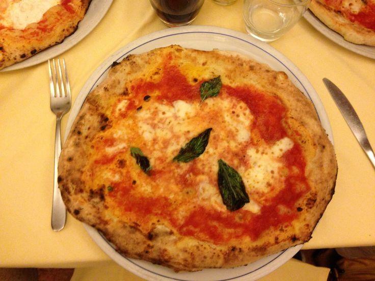 Pizza Brandi, Napoli