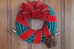 The Perfect Garden Hose Christmas Wreath brought to you by @TuffGuardHose, find out how to make your own here...