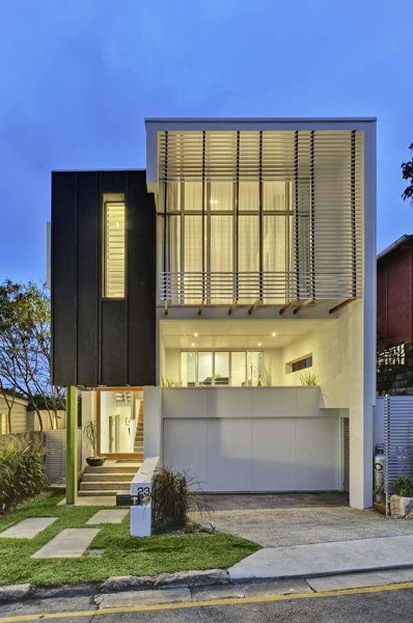 Contemporary Queensland Property Featuring Fantastic City Panoramas