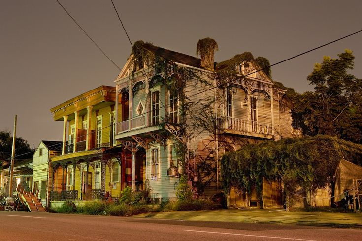 Le case di New Orleans, di notte - Il Post