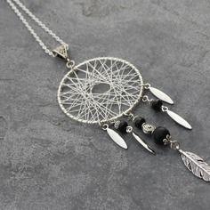 Bijou créateur - sautoir chaîne argenté ethnique pendentif attrape-rêve antique breloques plumes perles agate et facettes noir