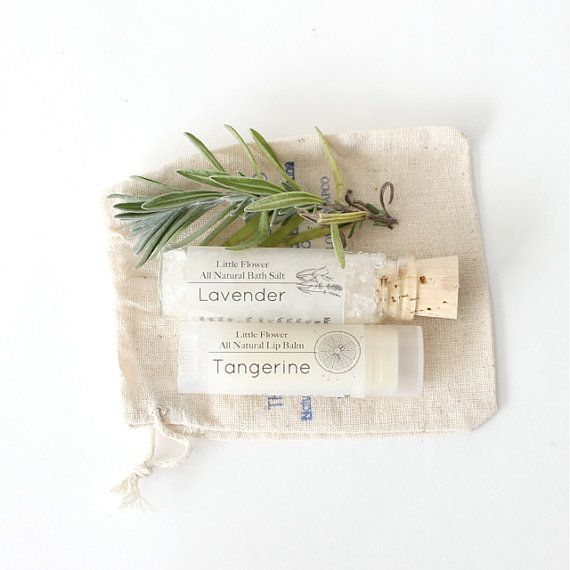 ... gift set in muslin bag / wedding favor / shower favor /bath and beauty