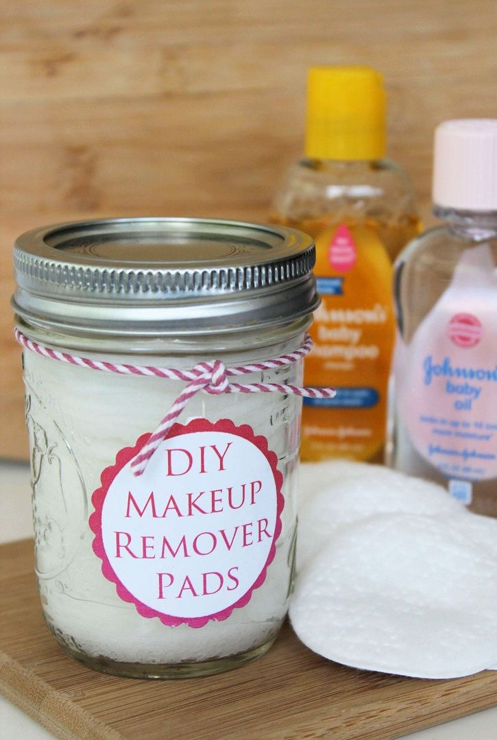 Homemade Makeup Remover Pads - an easy beauty DIY.  Making your own wipes saves money & makes a cute gift.