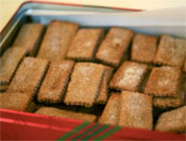 Serious Cookies: Swiss Cinnamon Crisps, seriouseats.com from McCall's Cookie Collection copyright 1965