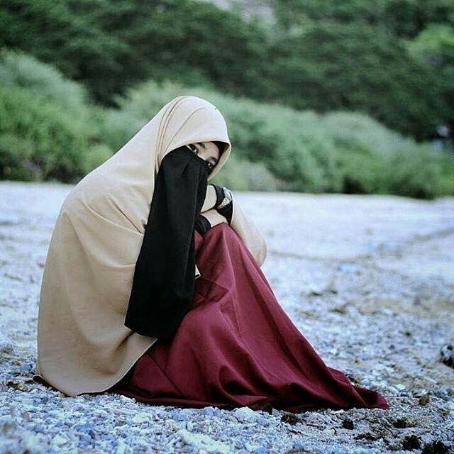 Bersabarlah .. Karna proses tidak akan menghianati hasil ... . Ukhty : @ryalabolo_ - . . . Via : @shareislam_ . . . @shareilmu_ @shareilmu_ @shareilmu_ #shareilmu_ . . Ayo tag sahabatmu . . #ryaslabolozone #niqab #niqabi #niqainframe #khimar #photography #photoshoot #hijrahku #pesona #gotontalo #hijab #hijrahshopee #catatnhijrah #keepistiqomah #tausiyah #tophitsgorontalo #gorontaloinframe #beach #muslimahfashionista #pempuanakhirzaman #pempuanakhirzaman #bookstagram #myhijab #ppmurahba...