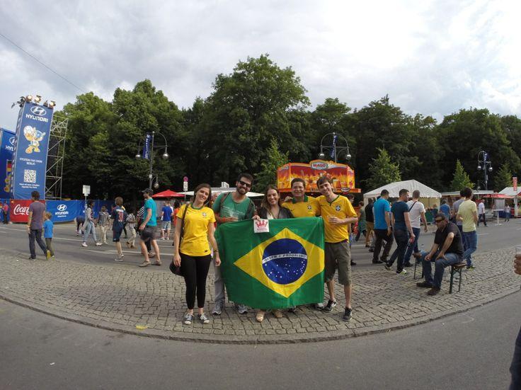 #FußballWM im Jahre 2014 in #Berlin und die #Fanmeile wurde von den #wifirockstars mit #wifi / #wlan ausgestattet