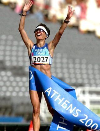 Athanasia Tsoumeleka - Athletics - Athens Olympics 2004 - Womens 20km Racewalk