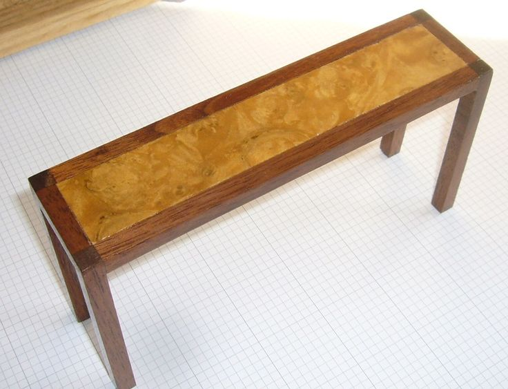 Hall table - Walnut and ashwood veneer