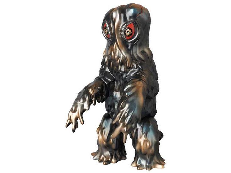My favorite monster figures have metallic paint jobs #hedorah #godzilla #vinylwars #monstertoys #sofubi #kaiju