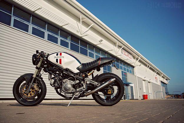 Ducati Monster 900 custom