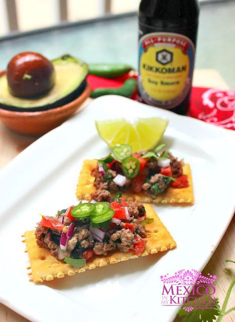 The Mexican version of Steak Tartare has almost the same ingredients as the pico de gallo salsa, which are onion, tomato, and lime juice. For this reason, this dish is sometimes called Carne a la Pico de Gallo, although Carne Tártara, Carne Apache, and Ceviche de Carne are more popular names for it.