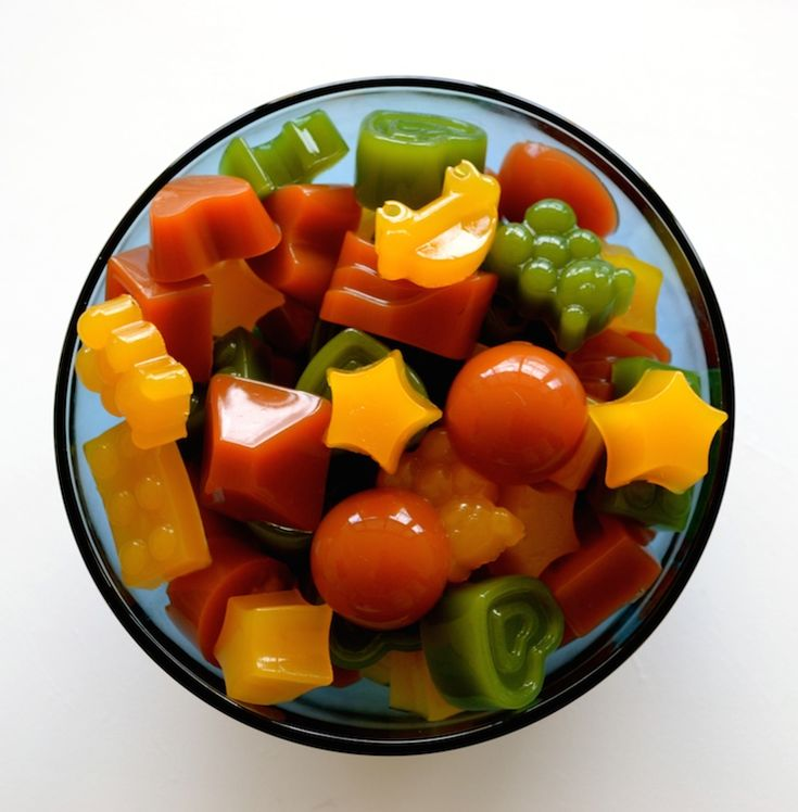 If you are concerned about giving your kids healthy food options Homemade Healthy Gummies are the way to go! Did you know store bought gummies or fruit snacks are full of sugar, high fructose corn …